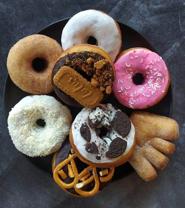 Happy #nationaldoughnutday lovers!!!!! Get this sweet deal from my @that.doughnut.guy for only R140 all week!!! What?!? Best thing?!? They are #vegan too! Yum Yum. 🍩🍩🍩#sweettreats