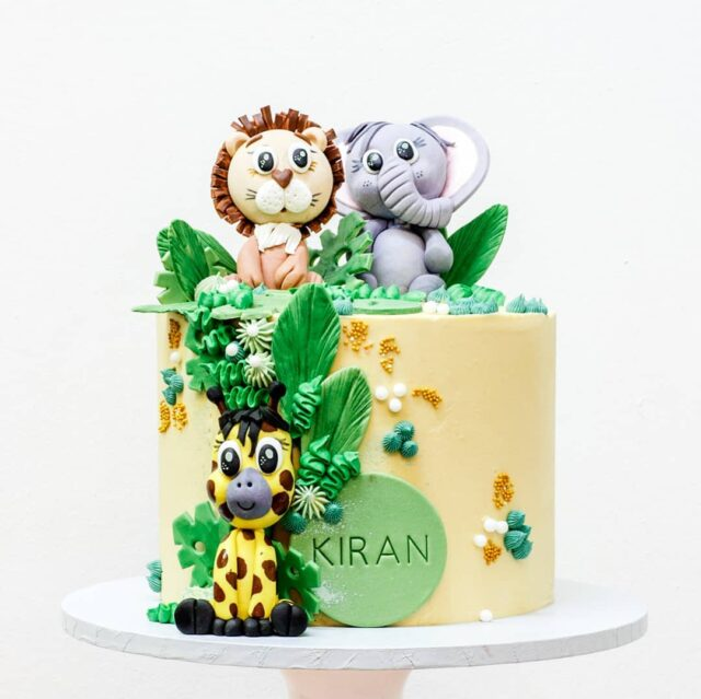 LET'S GO ON SAFARI!  🦁🦒🐘🌿 From little Kiran's gender reveal to his half birthday and now his first birthday - were always excited to be part of this little guys' important milestones 🦁🦒🐘🌿 This dairy free cake was our delicious coconut cake with lime buttercream, decorated with foliage and a trio of the cutest little animals in town 🦁🦒🐘🌿 #vegancake #cakes #vegan #firstbirthdaycake #crumb #colourmill #crumbcakes #cakesbycrumb #crumb #cakeittillyoumakeit #vegancakes #vegancapetown #veganbycrumb #safari #safariparty #cakedecorator #cakesofig #cakeoftheday 🦁🦒🐘🌿